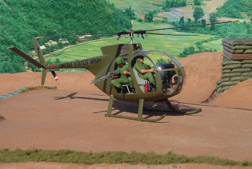 Vietnam War Helicopter Model Dio